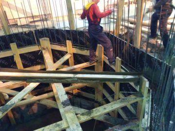 Заливка подземной емкости 80 м.куб.